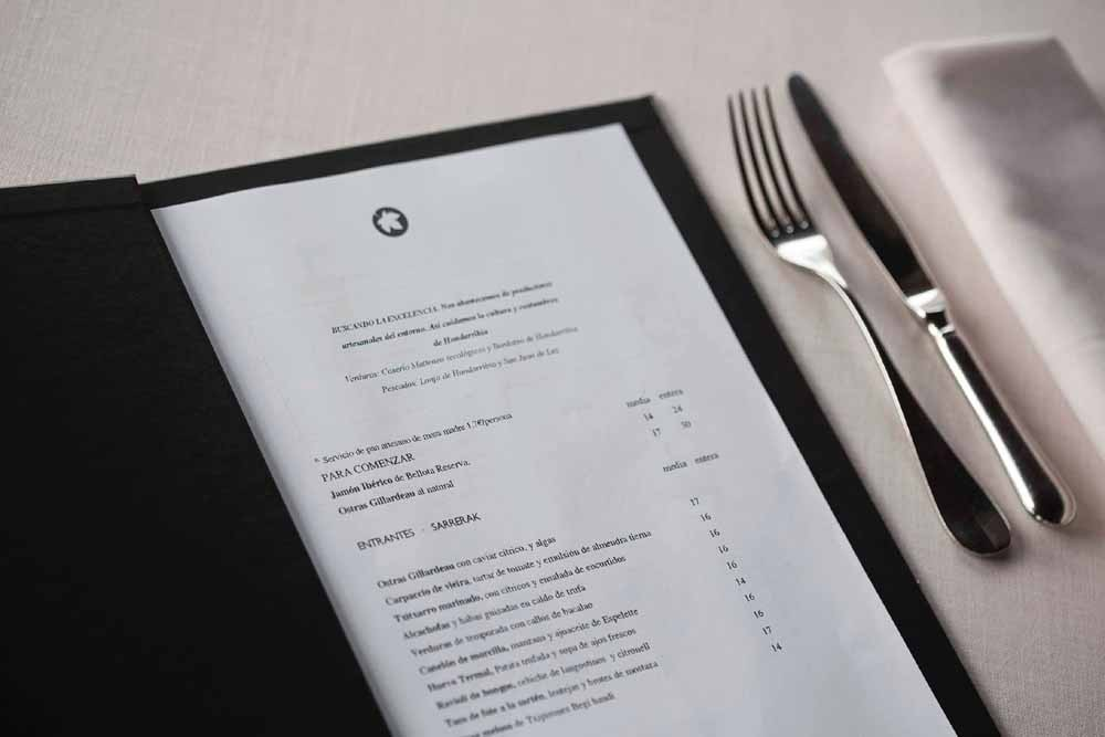 Porte menu en cuir telflex